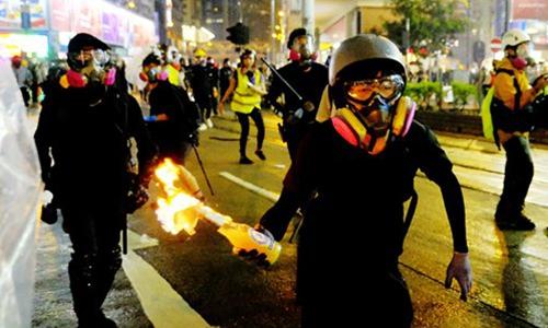 Crime rates rising in Hong Kong as outlaws sense 'public indulgence'