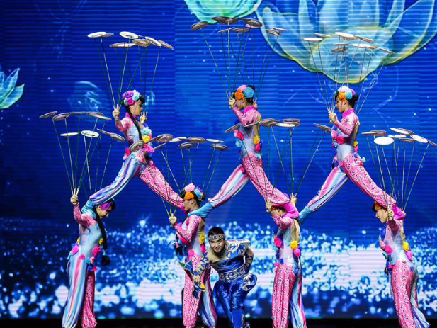 Members of China National Acrobatic Troupe perform in Quezon City, the Philippines