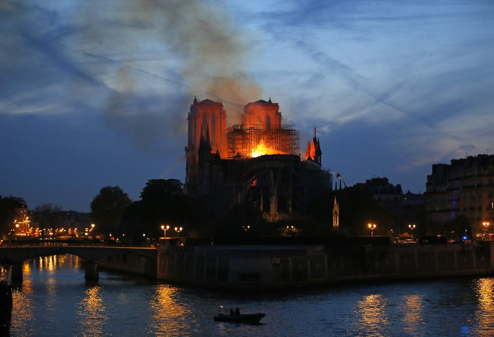 No Christmas at Notre Dame, as fire forces Mass into exile