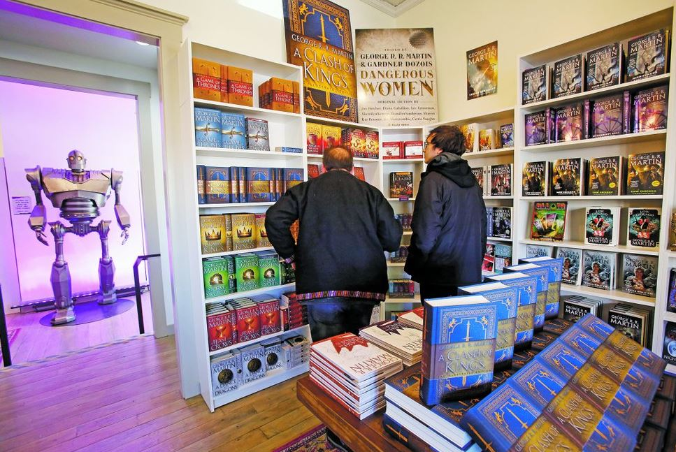 'Game of Thrones' author Martin opens bookstore