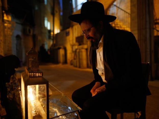 "Jewish festival ""Hanukkah"" marked in Jerusalem"
