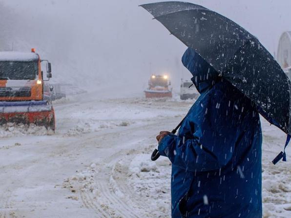 Snowfall hits Golan Heights