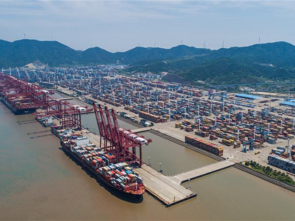 South China port sees growth in foreign trade