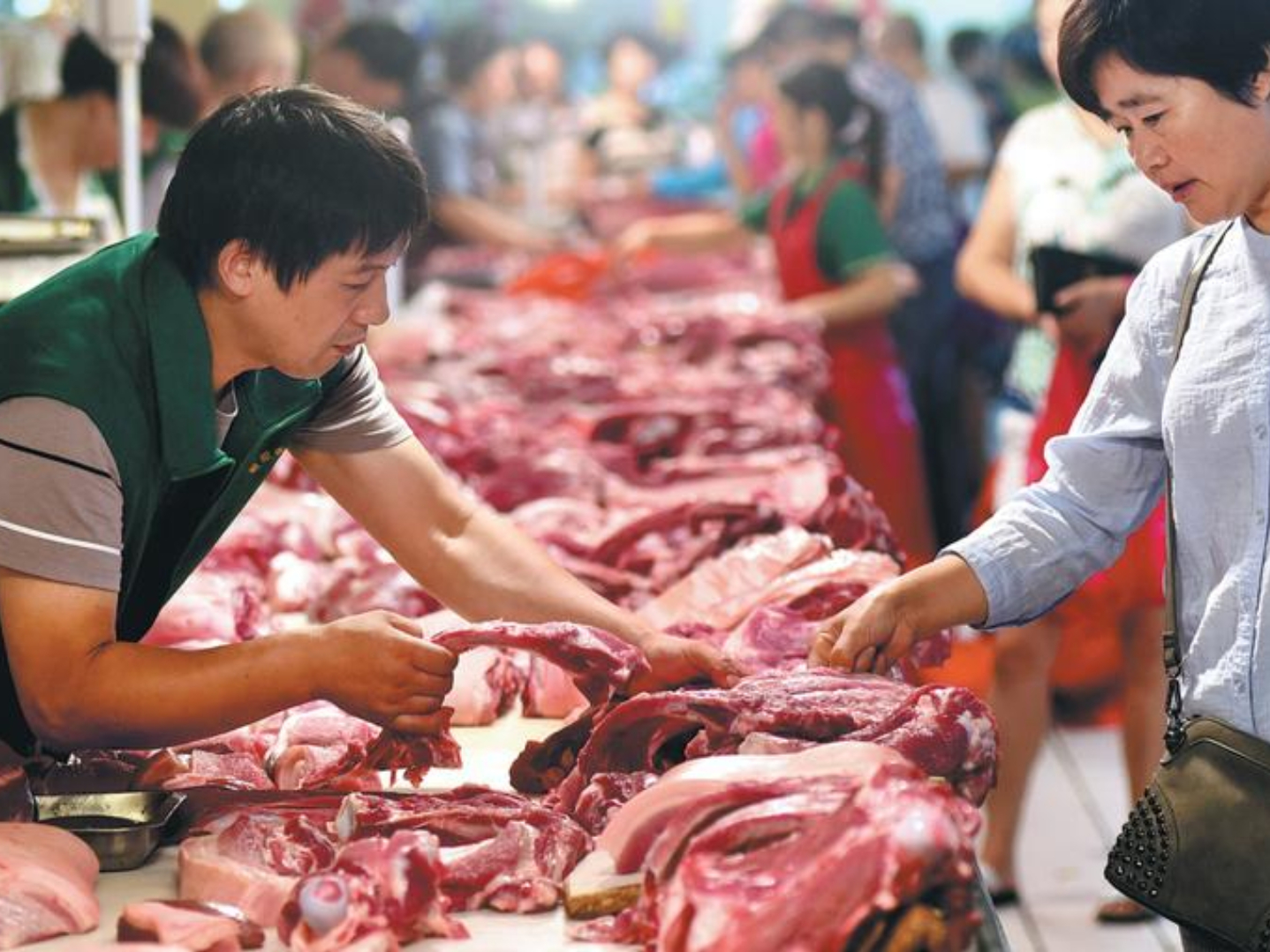 China to release 20,000 tonnes of pork reserves for holiday demands