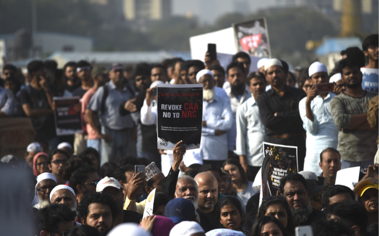 Internet restrictions as India protesters keep up pressure