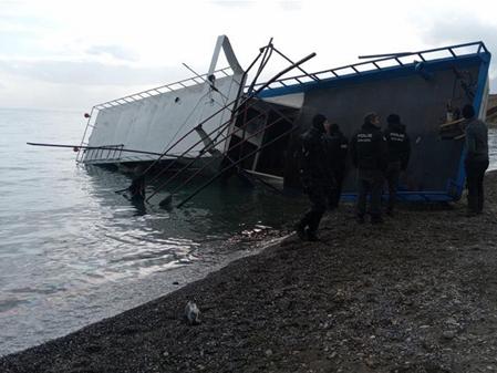 7 killed as migrant boat sinks in Turkey's Lake Van
