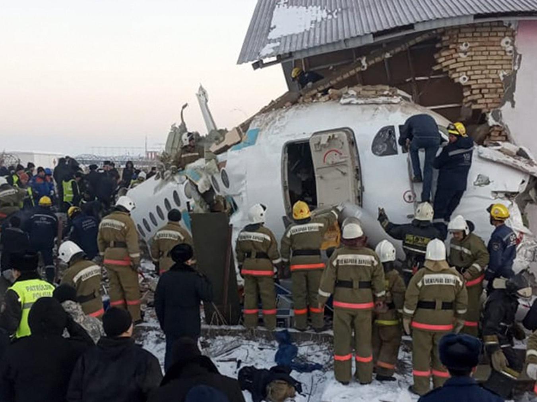 Officials say 14 killed, 35 hurt in Kazakhstan plane crash