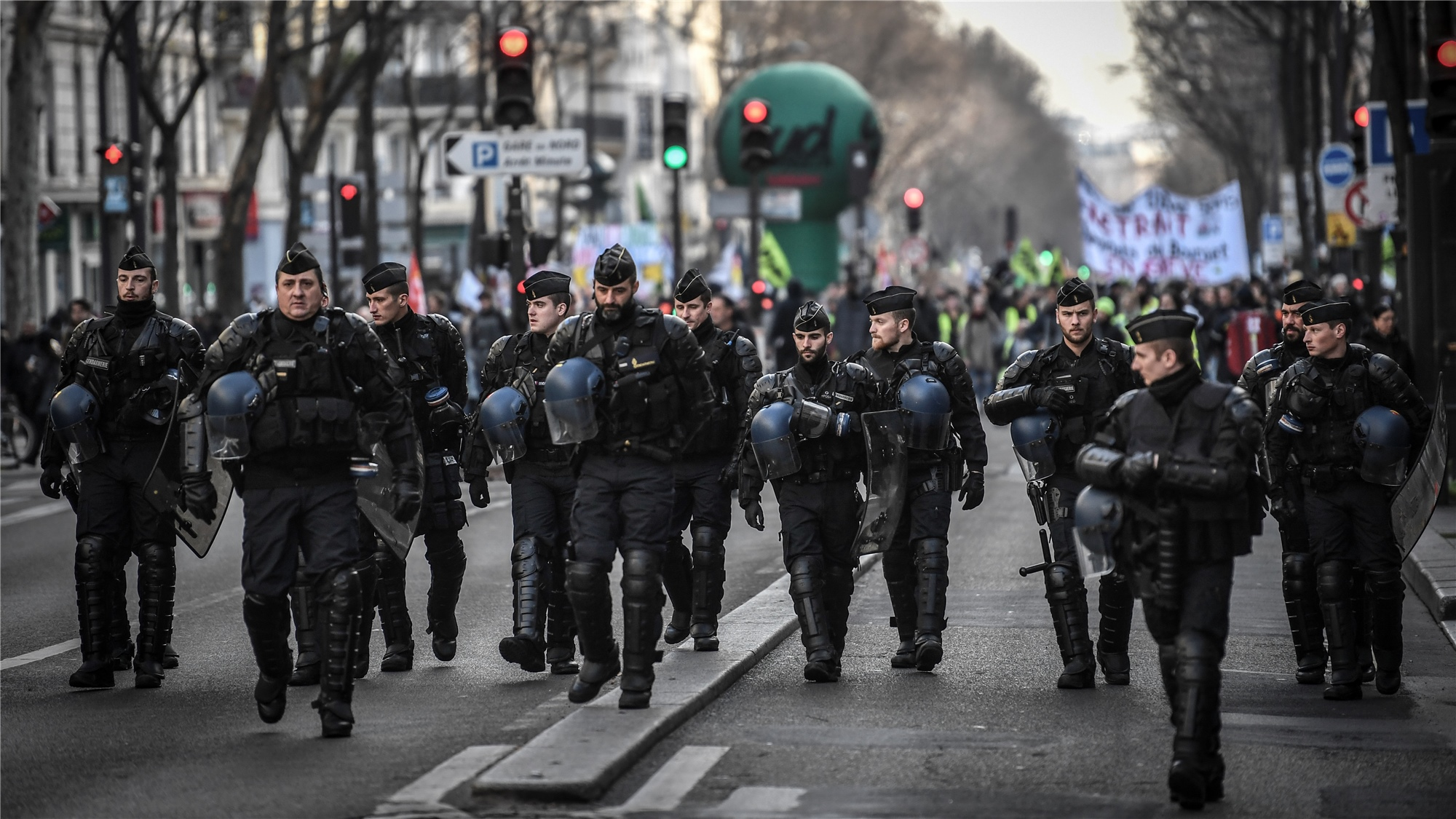 France strikes continue over Christmas period