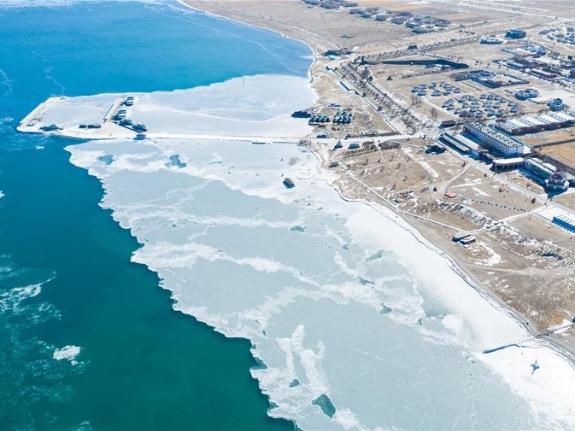 Qinghai Lake enters 'frozen period'
