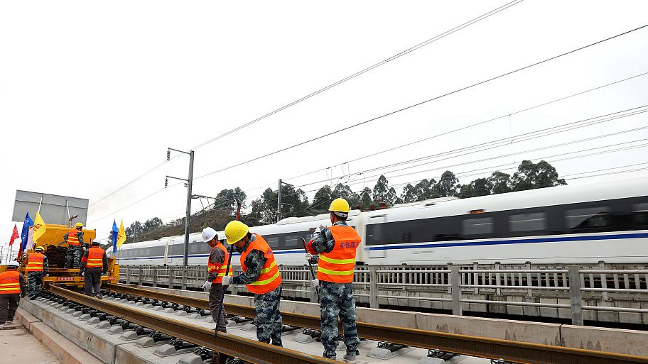 New high-speed railway starts construction in central China