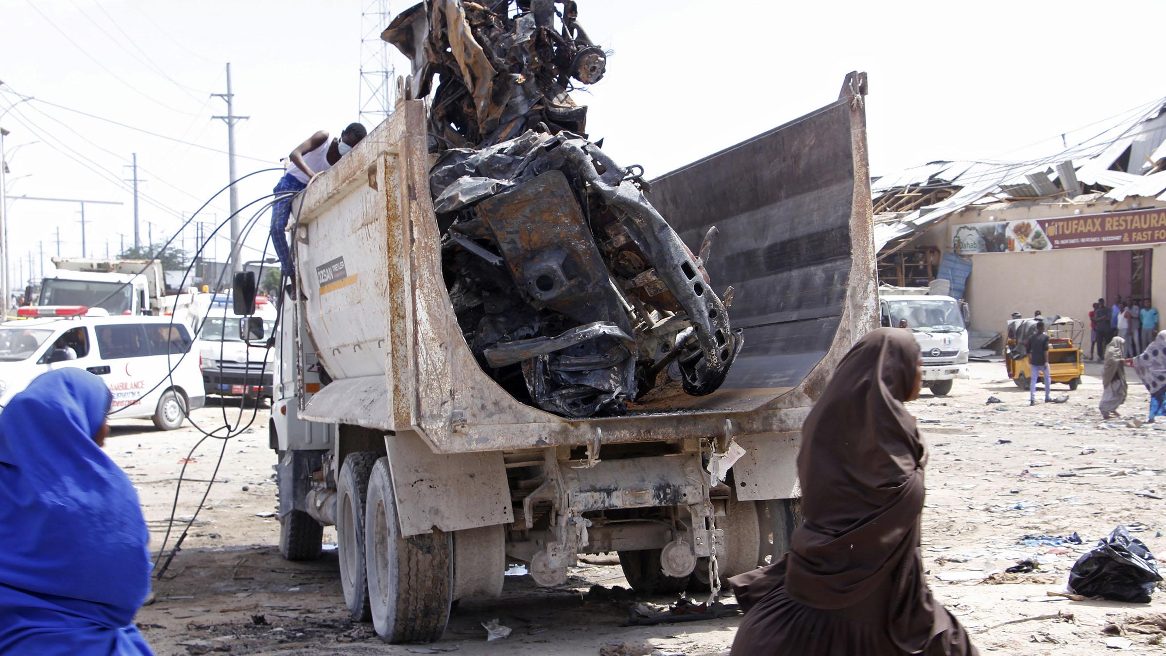 Truck bomb in Somalia kills at least 79