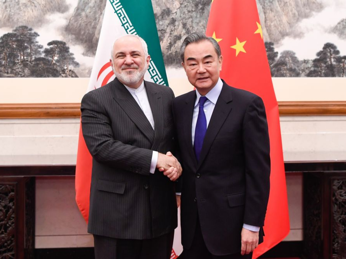 Chinese FM holds talks with Iranian Foreign Minister