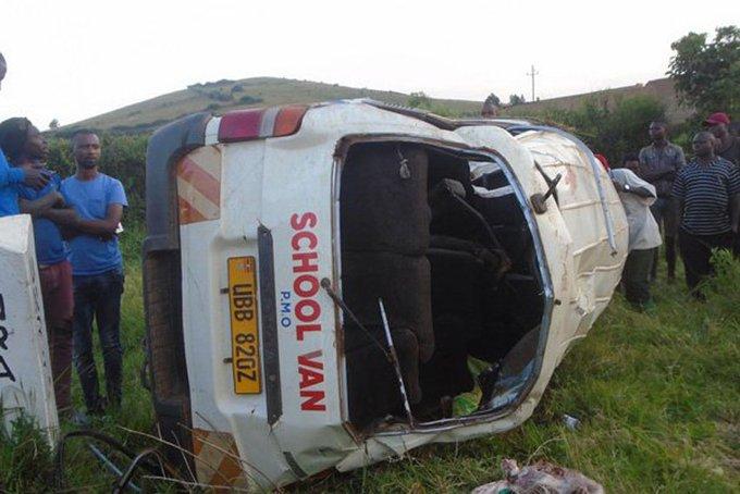 Six killed, seven injured in road accident in western Uganda