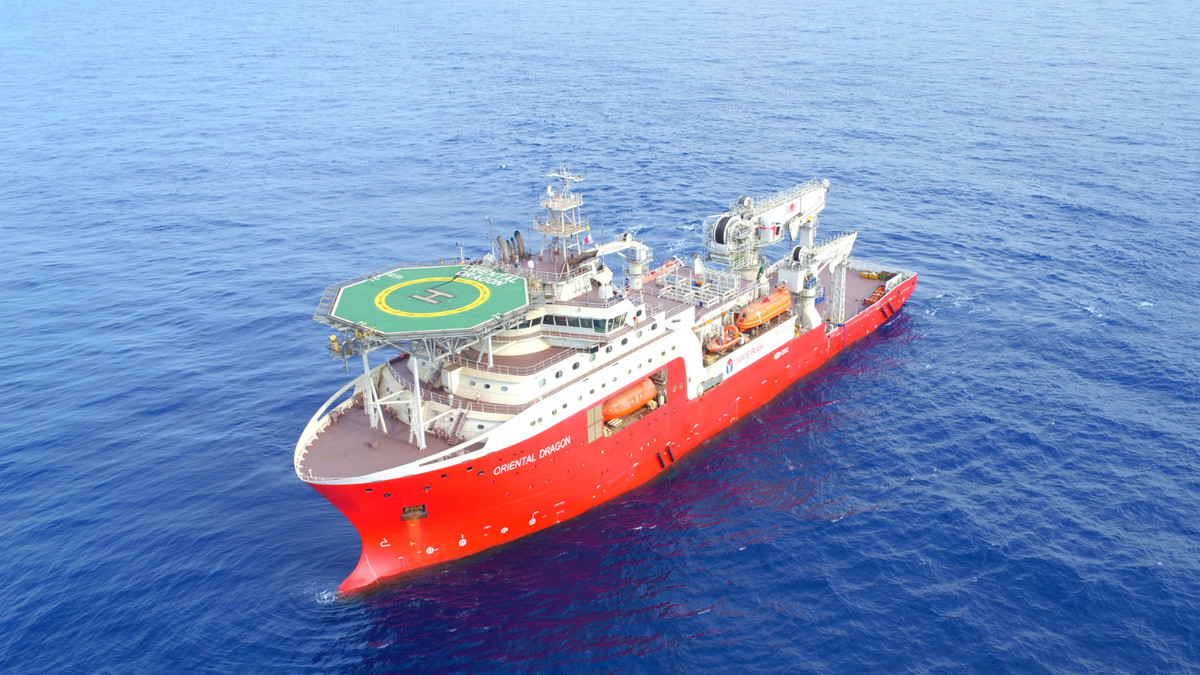 China shipbuilders deliver nation's most advanced diving support vessel