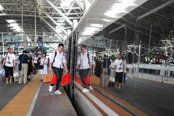 China's railways report 3.57 bln passenger trips in 2019