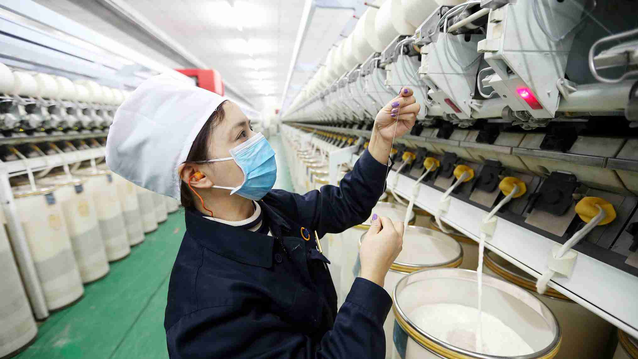 China's textile industry posts stable growth