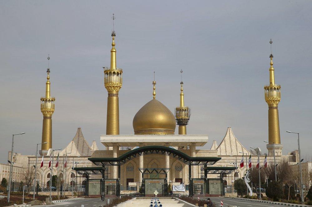 Trump's threats draw Iran's cultural sites into tensions