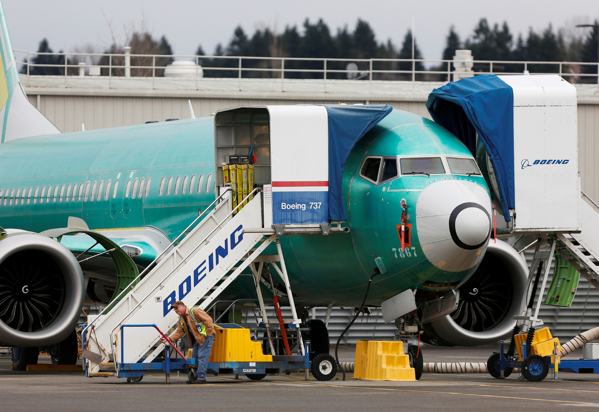 Boeing, FAA review wiring on grounded 737 Max jets