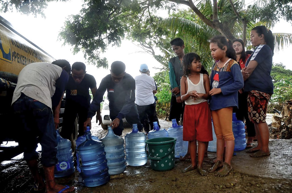 Indonesia deploys massive health workers in anticipation of diseases threat after floods