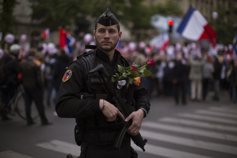 France steps up security for its troops in Iraq, says minister