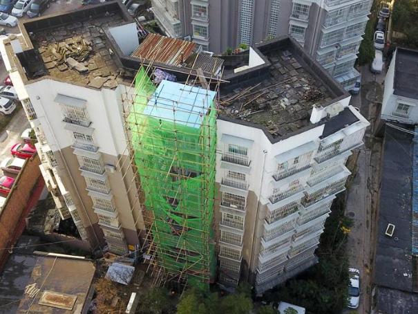 Elevators installed for old residential buildings in Guiyang