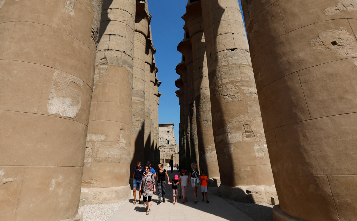 Over 15 mln tourists expected to visit Egypt in 2020: official