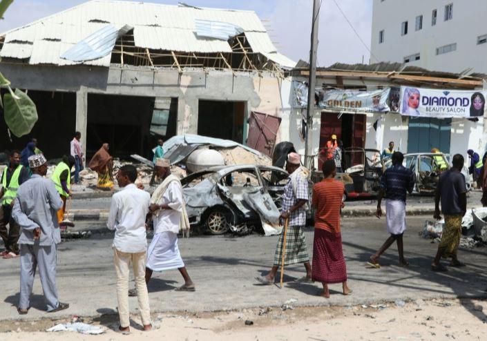 mogadishu car blast (afp).jpg