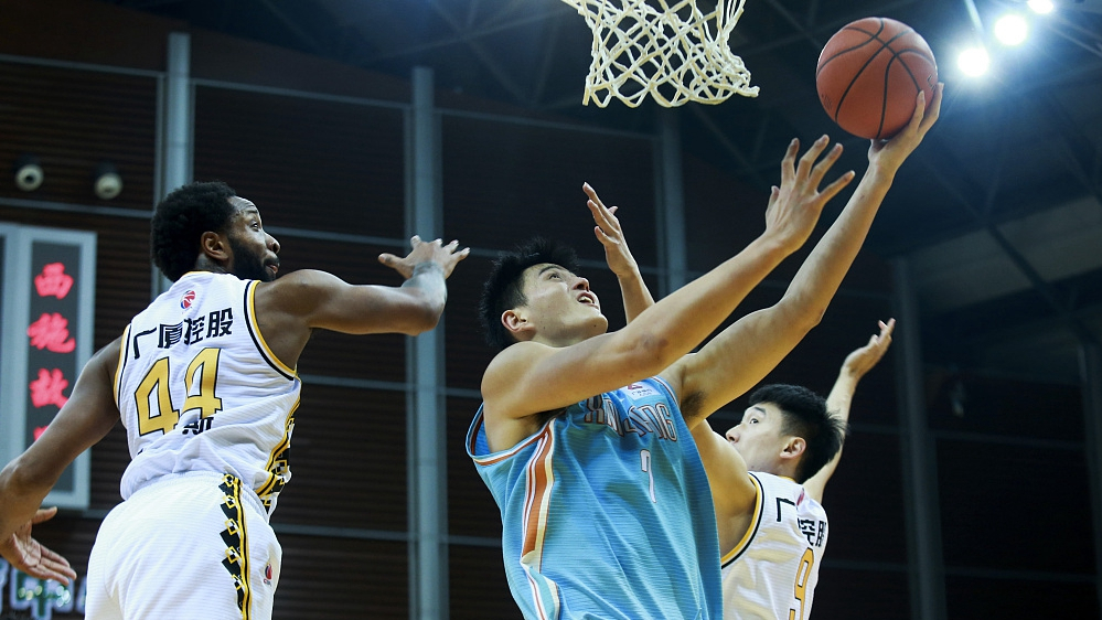 Zhejiang end Xinjiang's 8-game winning streak, Guangdong march on