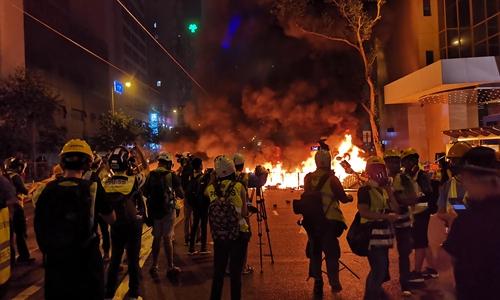 Hongkongers suffer divergence, emotional breakdowns amid social unrest