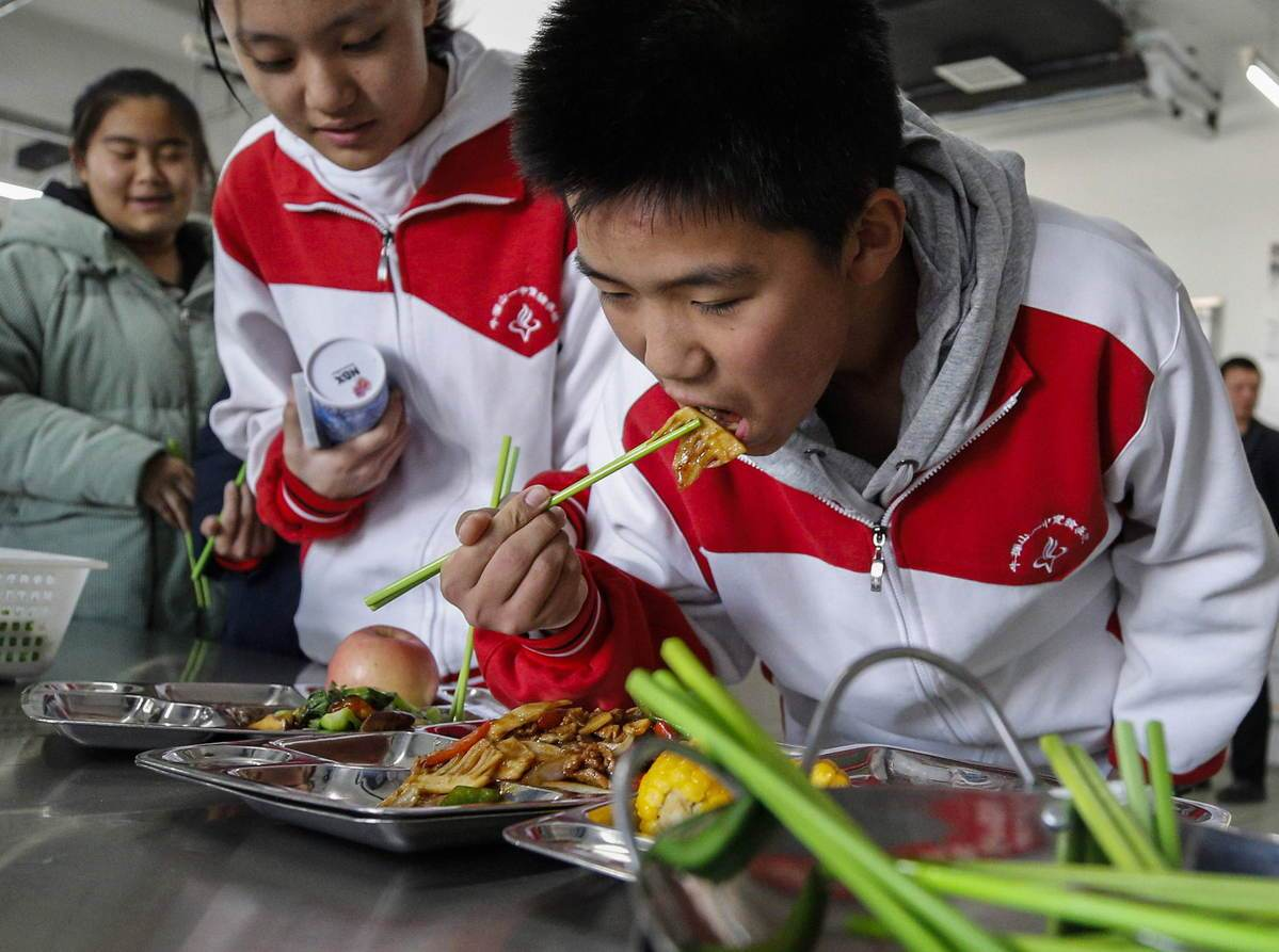 School nutrition project improves students' physical well-being