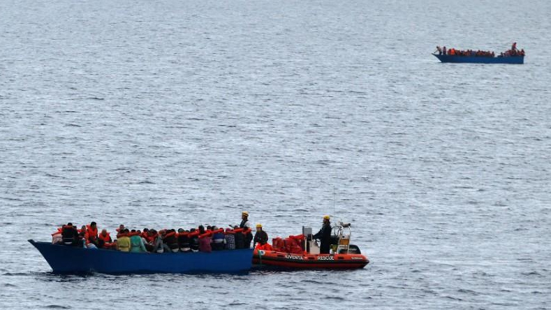 At least 12 dead, 21 rescued as migrant boat sinks off western Greece