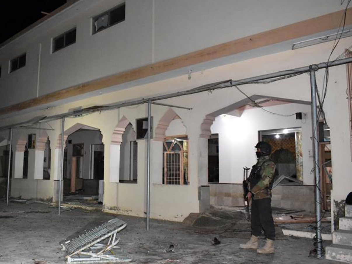 At least 15 dead in Pakistan mosque suicide bombing