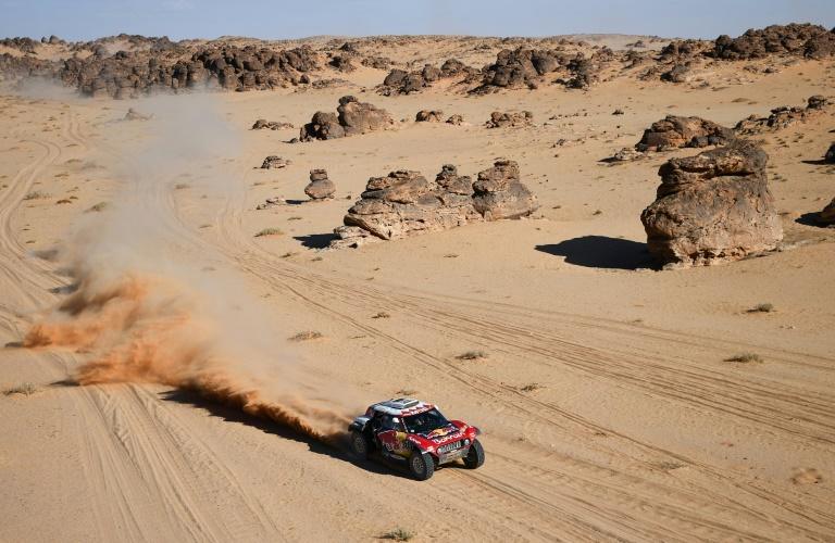 Dakar Rally searches for green amid sand