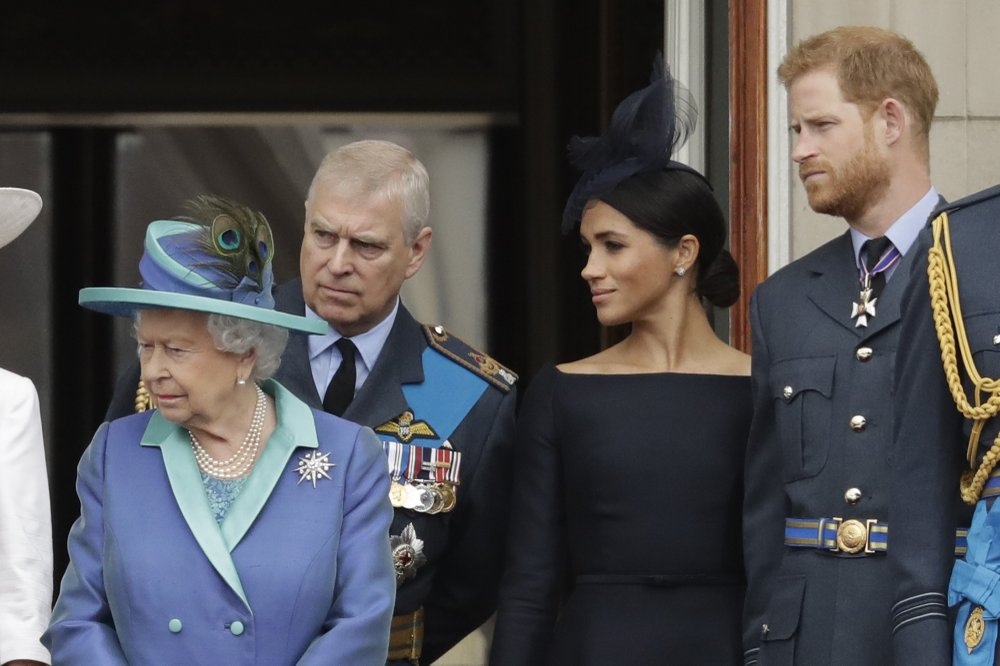 New year, new headache for queen with Harry and Meghan rift
