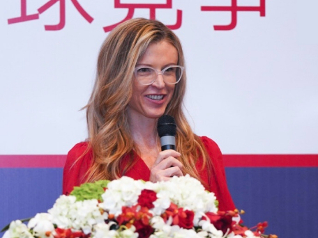 Firm helps Chinese companies set strategic positioning
