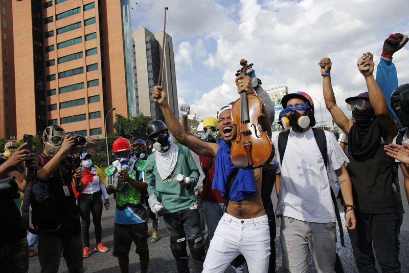 US imposes fresh sanctions targeting Venezuela
