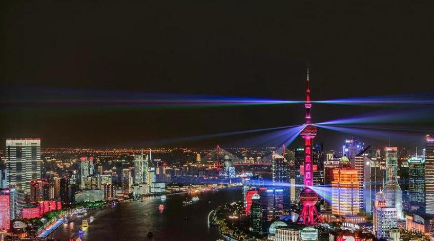 China makes major progress in containing financial risks: regulator