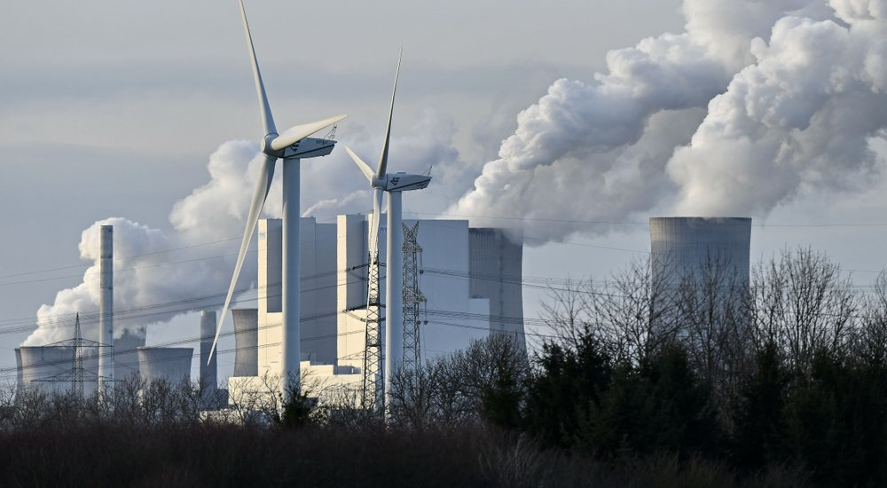 Young activists bid to join climate case at top German court