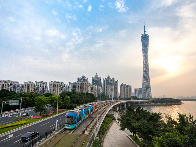Guangdong, Jiangsu GDPs estimated at over 10t yuan in 2019