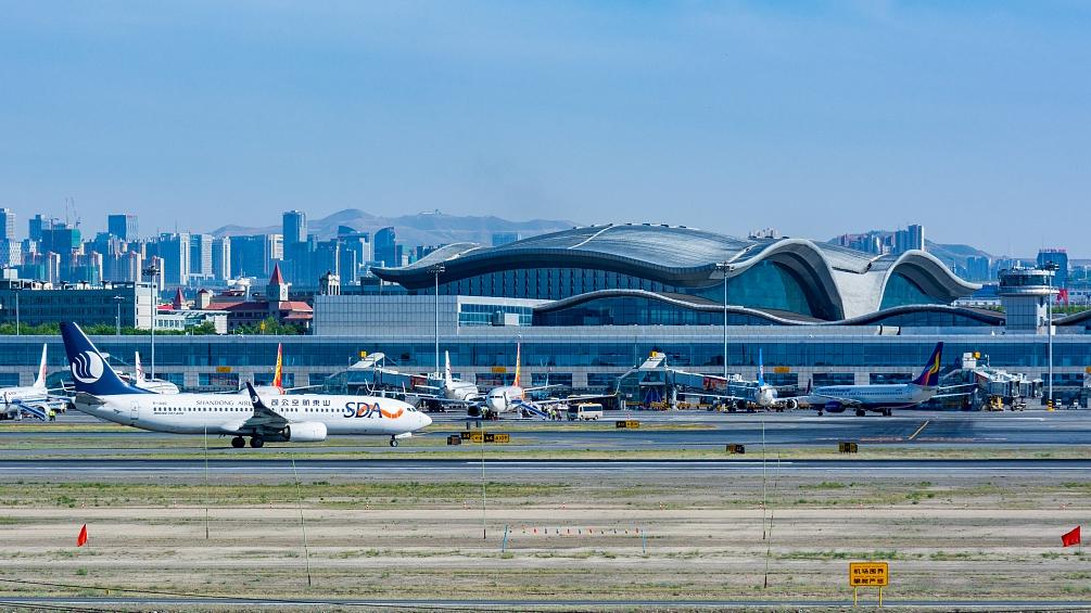 Xinjiang sees booming civil aviation market