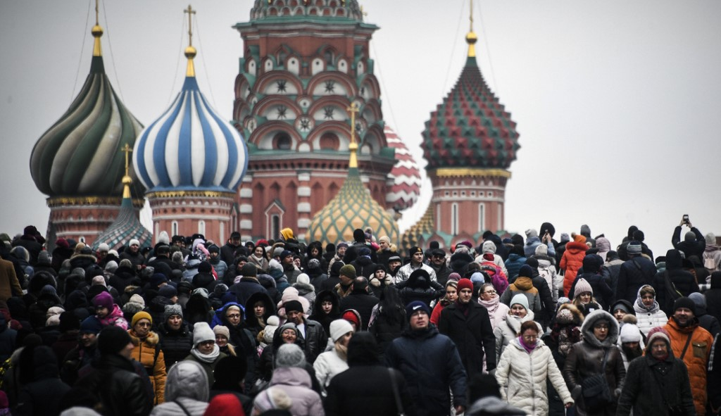 S&P affirms Russia's BBB-rating as stable