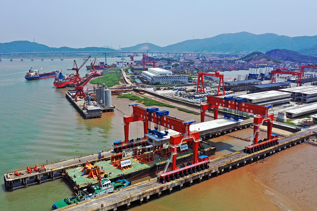 China's top economic planner approves investment projects worth 194 bln USD in 2019