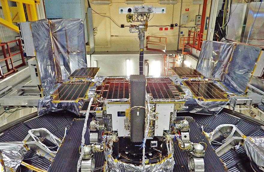 Moon tourism will soon happen, predicts ESA