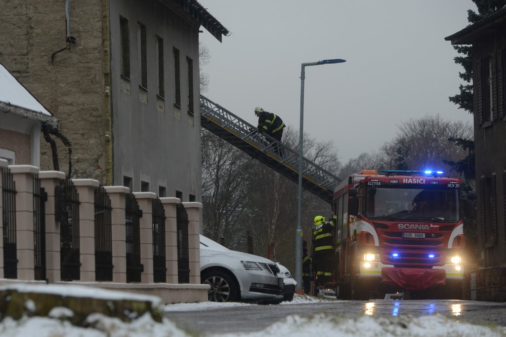 8 killed, 30 injured in fire at home for disabled in Czech Republic