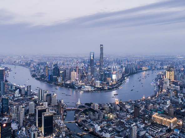 Shanghai fully confident in economic prospects, says major