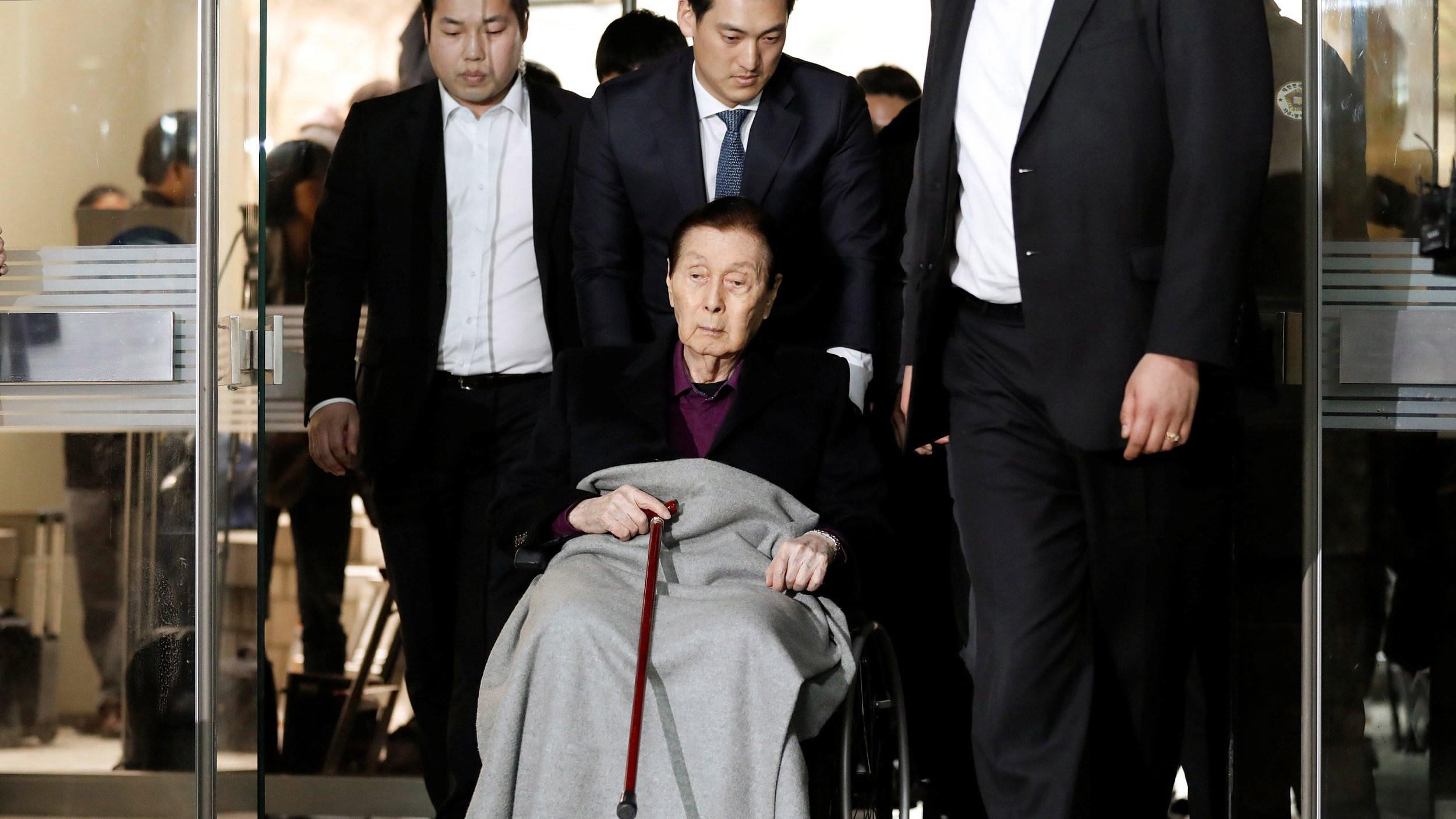 Lotte founder Shin Kyuk-ho dies at age 99