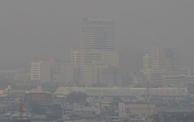 Haze forces Bangkok schools to close