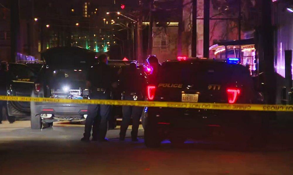 Police: 2 dead, 5 injured after shooting in San Antonio club
