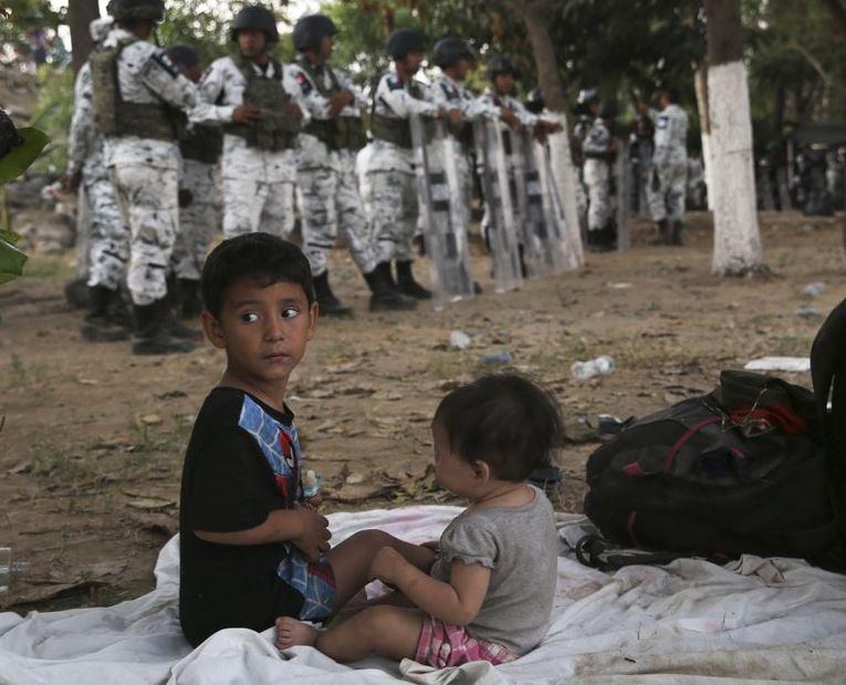 migrant kids (ap).jpg