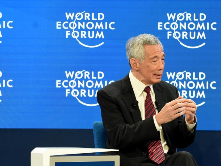 Singaporean PM attends World Economic Forum annual meeting in Davos, Switzerland